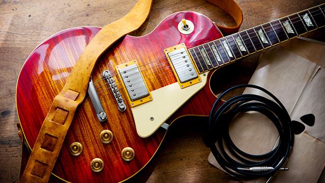 ギターのマジョーラ塗装の魅力は? ギター塗装の基礎知識!