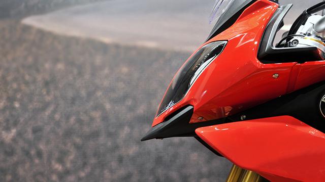 バイクのカウル塗装